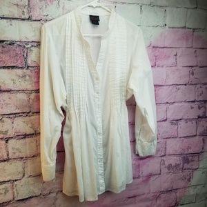 Like New White Torrid Long Sleeve Blouse SZ 1